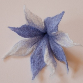 Flower brooch with angelina